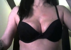 Super-steamy chat with  Middlewich XXX fun girl LabelgeCoquine While I'm Stroking my vulva