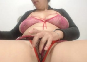 X-rated chat with  Gainsborough 1-2-1 sexy time doll PerlaXHot While I'm Wanking