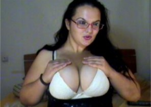Local chat with  Ormskirk XXX masturbation slag SquirtDivineAnette While I'm Showing my cunt